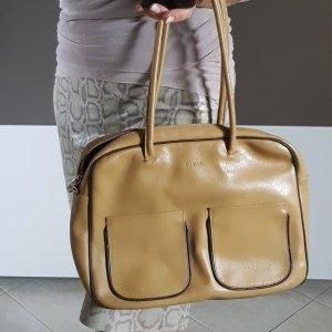 Furla Tasche beige glattleder aufgesetzte Taschen vorne zipp camel
