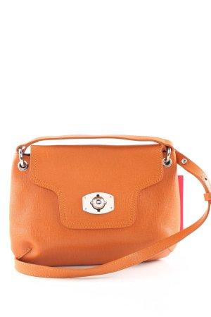 Furla Bandolera naranja claro look casual