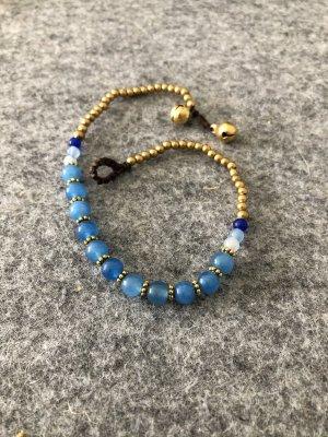 Fußkette 11 kornblumenblaue Perlen 0,5 cm messingfarbene Mini Perlen 26 cm Länge