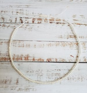 Fußkette Fußkettchen mit weißem Band und transparenten Perlen NEU und größenverstellbar