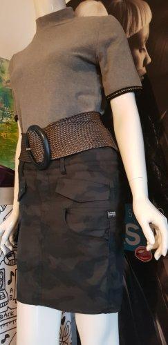 G-Star Designer Jeans Rock Camouflage gewachst small wie neu