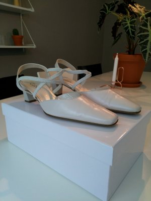 Gabor Strapped pumps white-natural white leather