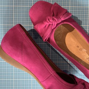 Gabor Slip-on Shoes magenta leather