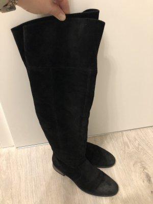Gabor Botas sobre la rodilla negro