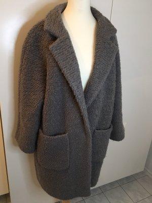 Ganni Abrigo ancho gris