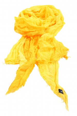 Gant Chal veraniego amarillo pálido look casual