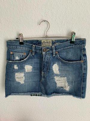 GANT  women's Skirt