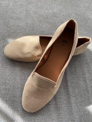 ganz neue kunstleder ballerinas in beige / hellbraun