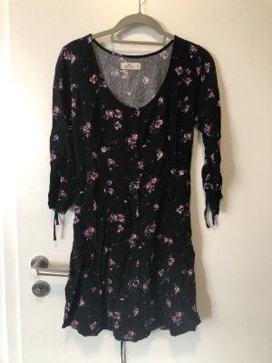 geblümtes Kleid mit Knopfleiste vorne