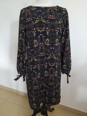 geblümtes Kleid von Opus