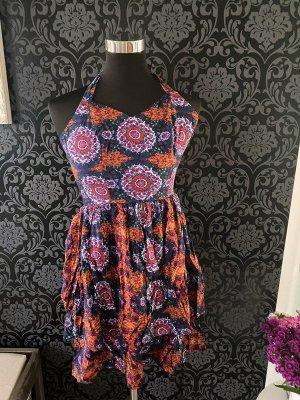 Geblümtes Kleid von Vero Moda, Gr. XS