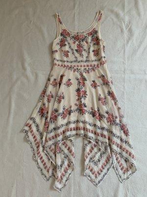 geblümtes Sommerkleid