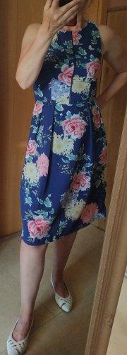 Geblümtes Sommerkleid von Amisu, Gr. 36