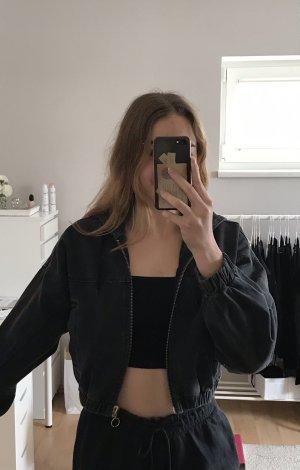 gecroppte Jeansjacke von Urban Outfitters