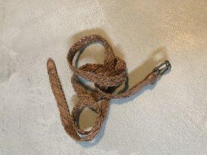 H&M Cinturón trenzado coñac-marrón