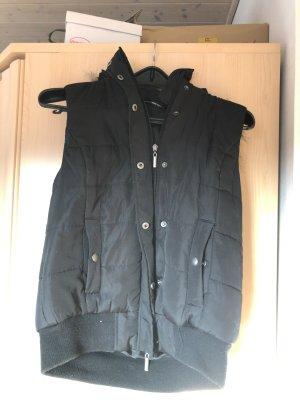 Chaleco con capucha negro-marrón claro