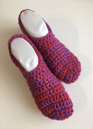 handmade Slipper Socks red-lilac