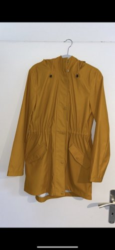 Vero Moda Chubasquero naranja dorado-blanco