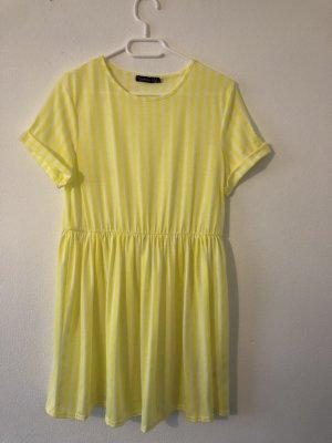 Boohoo Vestido estilo camisa blanco-amarillo