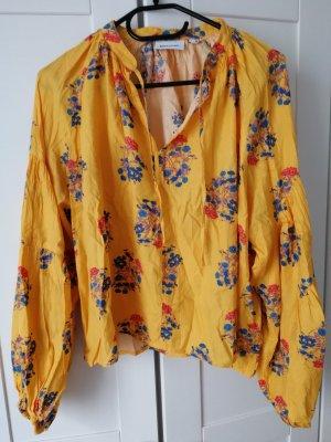 gelbe Bluse mit Blumendruck