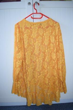 gelbe Bluse mit Spitze