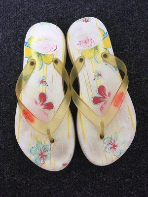Gelbe Buffalo Flip Flops