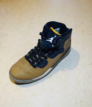 Gelbe Jordan Sneaker