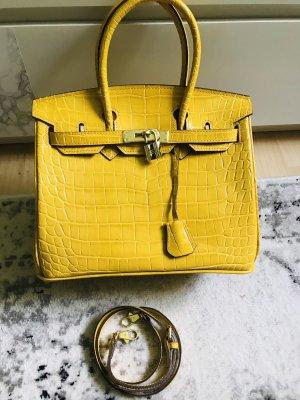 Gelbe Tasche mit Schloß und Schultergurt