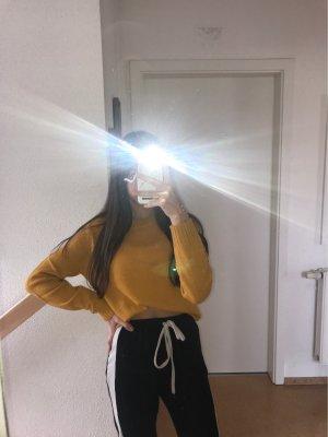 Gelber Strick Pullover