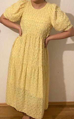Gelbes Blogger Kleid von Zara