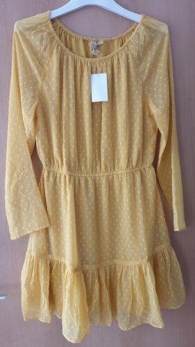 Gelbes feines Kleid