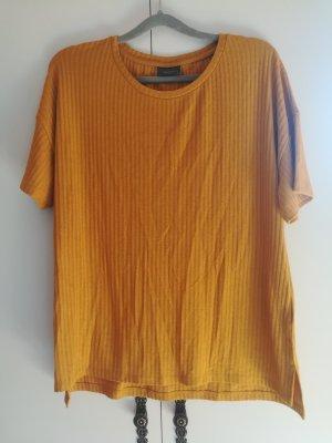 Gelbes geripptes T-Shirt