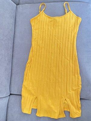 Gelbes orangenes Kleid