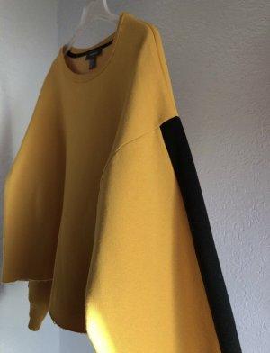 Gelbes Sweatshirt