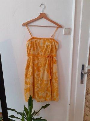 gelbes Vintage-Kleid