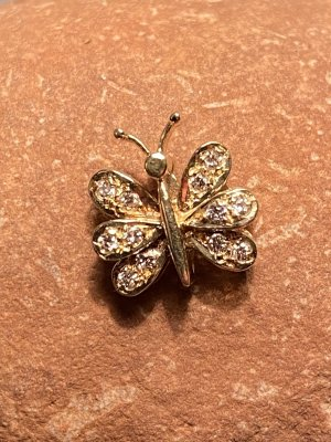 Gelbgold und Diamanten Anhänger Schmetterling