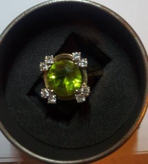 Gelbgoldring 585 mit Peridotstein und Brillanten