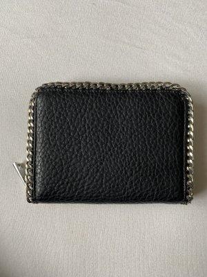 Geldbeutel schwarz mit silbernen Ketten
