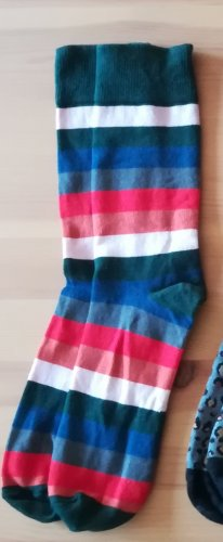 Gemusterte Socken (bunte Ringel)