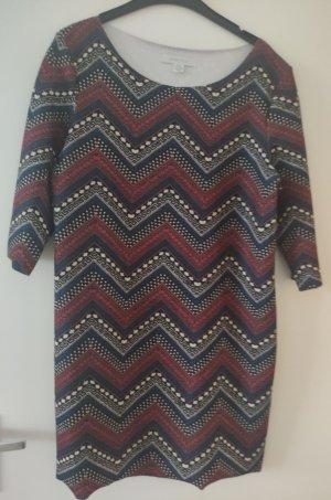 gemustertes Kleid 40
