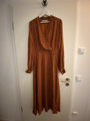 Gemustertes Kleid von GESTUZ