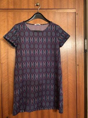 Gemustertes Kleid von Mango