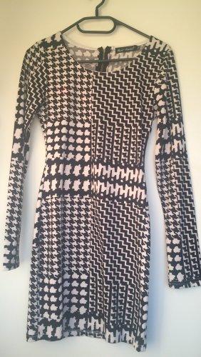 Best emilie Longsleeve Dress black-white
