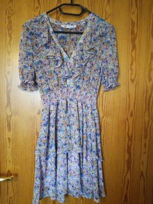 Gemustertes Volant-Kleid mit Blümchen und V-Ausschnitt