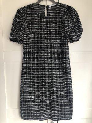 Gemustertes Zara-Kleid