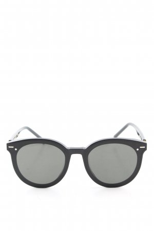 Gentle Monster Gafas panto negro look casual