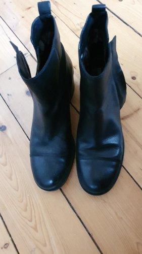 Geox Krótkie buty czarny