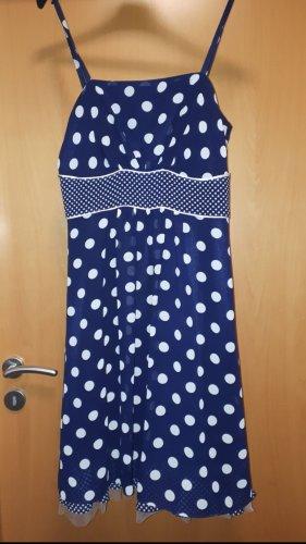 Gepunktetes Kleid von SWING