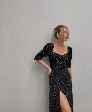 Gepunktetes Midi-Kleid mit Herz-Ausschitt, Gr. S