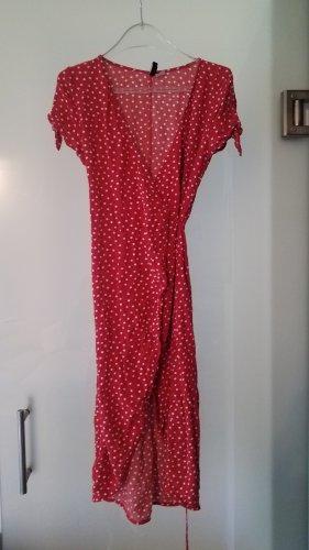 gepunktetes rotes Sommerkleid - echter Hingucker!